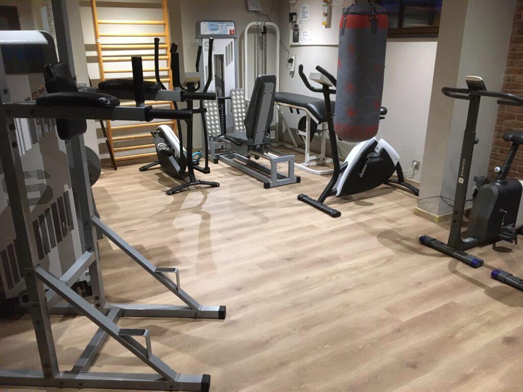 PVC-laminaat in fitnessruimte